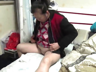 Amateur Asian Granny Bj And Ride Hj Finish