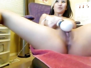 This hot Asian dentist assistant had no idea that her private cam to cam sex chat session with her BF got fucked! Now we can all enjoy seeing her make