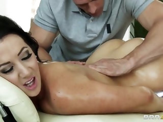 Jayden Jaymes visits Johnny Sins' office often and that seems strange to us. But the truth is simple. Johnny is not only the best masseur, but al